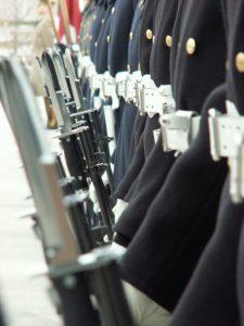 kariai ginklai