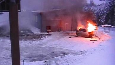 sudegė mikroautobusas
