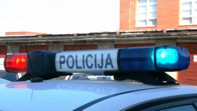 svyturelis_policija_stogas