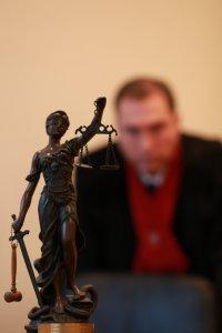 Dviem mėnesiams suimtas dar vienas įtariamasis kyšininkavimo byloje